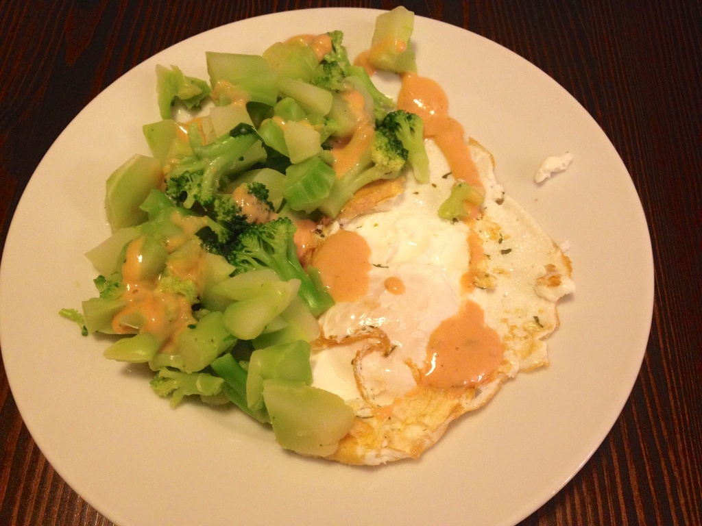 Dinner: Fried egg with steamed broccoli, drizzled with Thousand Islands dressing
