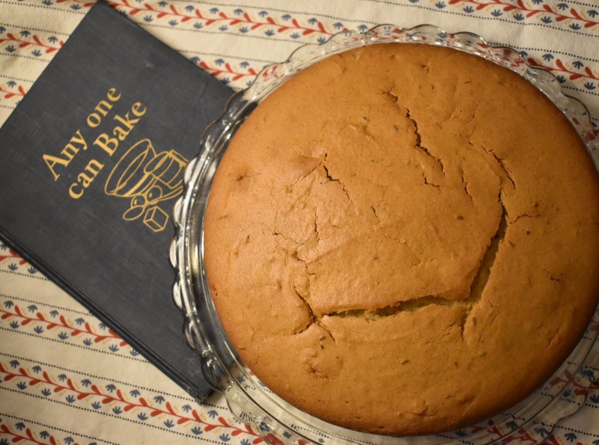 Retro Cooking: 1928 Nun's Cake